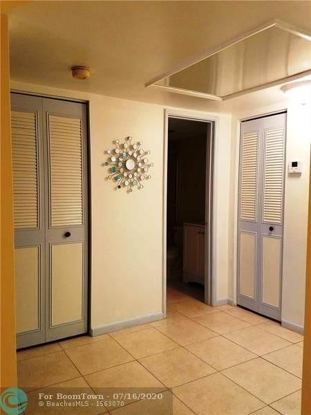 255 S Cypress Rd #319, Pompano Beach, FL 33060 (MLS #F10238833) :: Berkshire Hathaway HomeServices EWM Realty