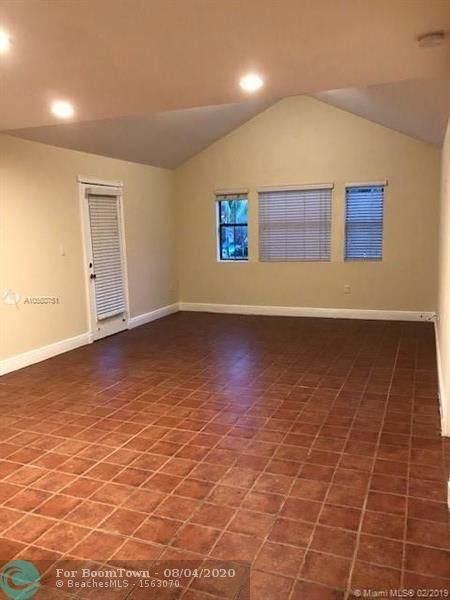 15591 SW 105th Terrace #525, Miami, FL 33196 (MLS #F10240341) :: Castelli Real Estate Services