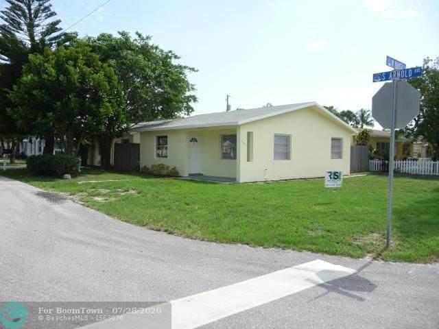 705 W Mango Street, Lake Worth, FL 33462 (#F10241126) :: The Rizzuto Woodman Team
