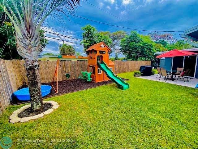 6210 NW 15th St, Margate, FL 33063 (MLS #F10241856) :: Castelli Real Estate Services