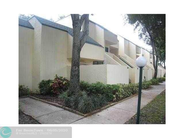 41 Deer Creek Rd G-203, Deerfield Beach, FL 33442 (#F10242515) :: Posh Properties