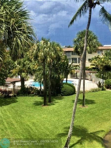 5041 W Oakland Park Blvd #302, Lauderdale Lakes, FL 33313 (MLS #F10245316) :: Berkshire Hathaway HomeServices EWM Realty