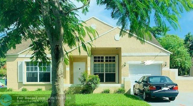 1561 SW 85th Ave, Pembroke Pines, FL 33025 (MLS #F10249021) :: United Realty Group