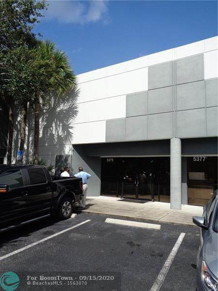 5375 N Hiatus Rd, Sunrise, FL 33351 (MLS #F10249169) :: Berkshire Hathaway HomeServices EWM Realty