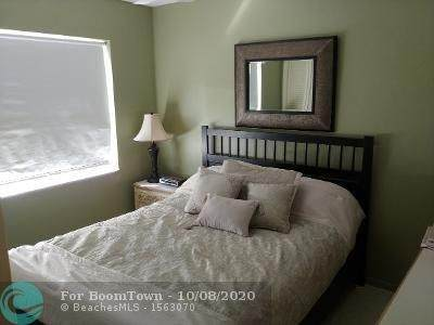 1751 S Ocean Blvd #309, Lauderdale By The Sea, FL 33062 (MLS #F10249218) :: Berkshire Hathaway HomeServices EWM Realty