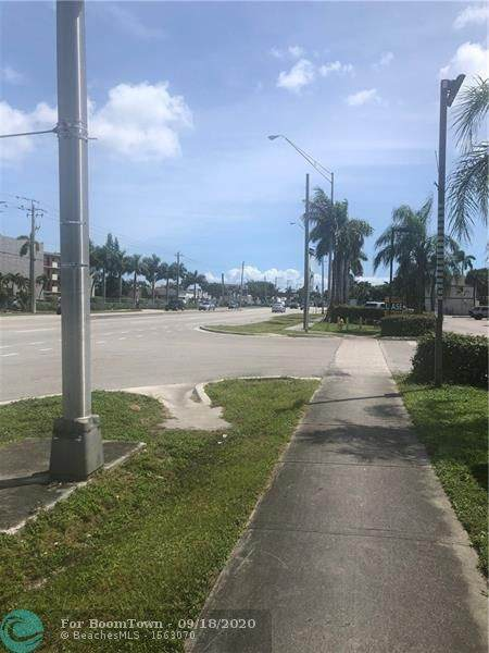 3192 W Hallandale Beach Blvd Bay #F, Hallandale, FL 33009 (#F10249590) :: The Rizzuto Woodman Team