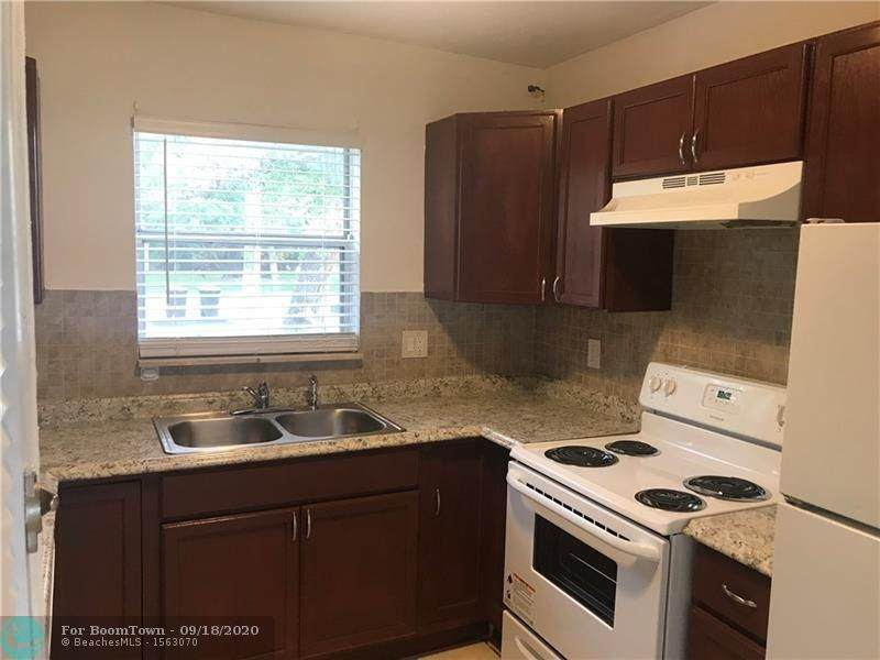 2723 15th Ave - Photo 1