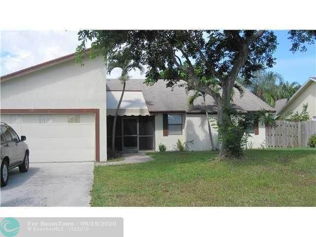 1413 Hummingbird Dr, Delray Beach, FL 33444 (#F10249783) :: Treasure Property Group