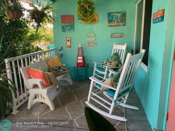 2030 NE 35th St, Lighthouse Point, FL 33064 (MLS #F10250369) :: Castelli Real Estate Services