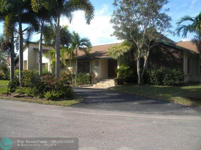 901 SW 93rd Ave, Plantation, FL 33324 (MLS #F10250714) :: United Realty Group