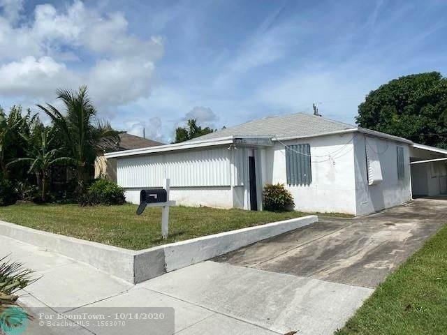 716 W 3rd St, Riviera Beach, FL 33404 (MLS #F10253922) :: Berkshire Hathaway HomeServices EWM Realty