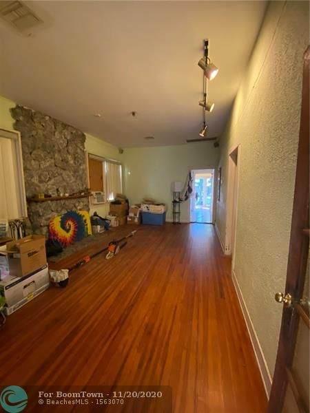 238 SW 5th St, Dania Beach, FL 33004 (MLS #F10254081) :: Berkshire Hathaway HomeServices EWM Realty