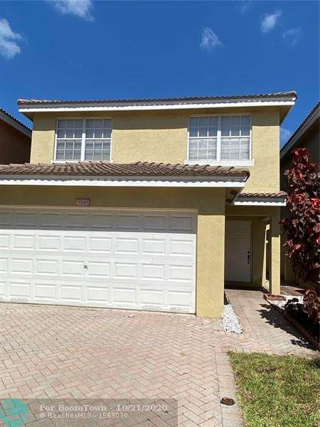 9341 NW 54th St, Sunrise, FL 33351 (MLS #F10254992) :: Patty Accorto Team