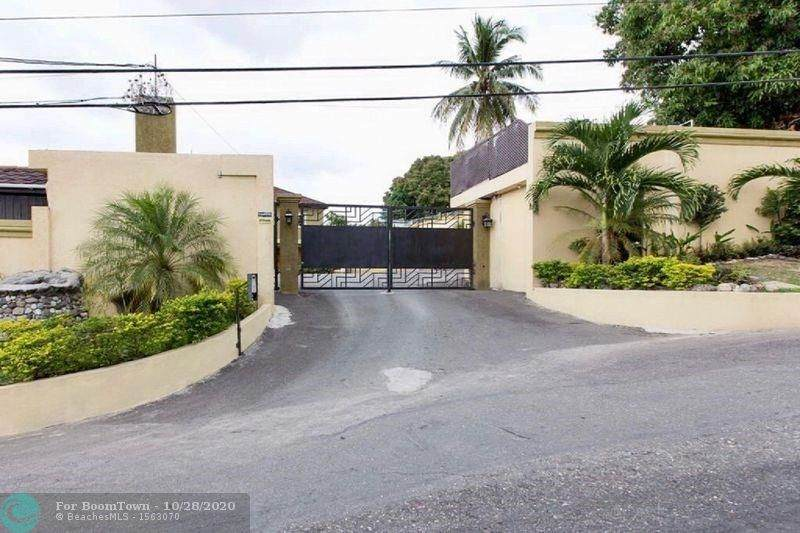 1 Kingston Luxury Condo - Photo 1