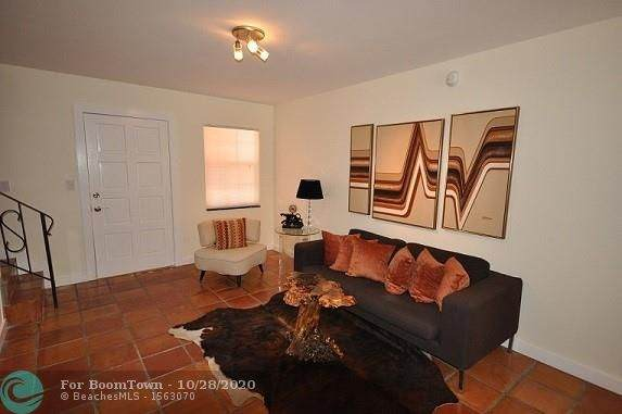 815 NE 28th St #209, Wilton Manors, FL 33334 (MLS #F10256074) :: THE BANNON GROUP at RE/MAX CONSULTANTS REALTY I