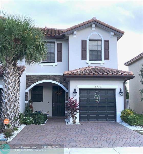5420 NW 27th St, Margate, FL 33063 (MLS #F10256347) :: Castelli Real Estate Services