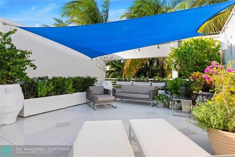 920 16th Terrace - Photo 1