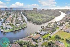 51 W Little Harbor Way, Deerfield Beach, FL 33441 (MLS #F10259398) :: The Howland Group