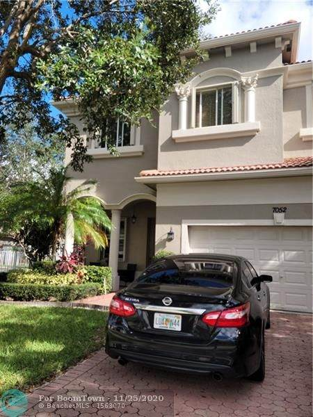 7052 Old Orchard Way, Boynton Beach, FL 33436 (MLS #F10260105) :: GK Realty Group LLC