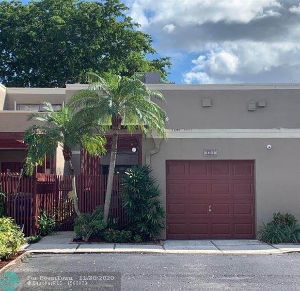 1381 W Fairway Rd #3181, Pembroke Pines, FL 33026 (MLS #F10260562) :: Laurie Finkelstein Reader Team