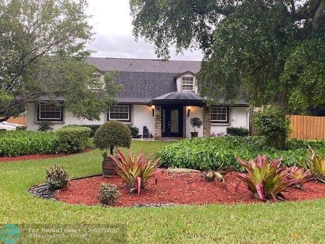 5600 SW 111th Ter, Davie, FL 33328 (MLS #F10260821) :: Berkshire Hathaway HomeServices EWM Realty