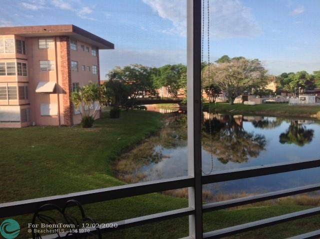 3091 NW 46th Ave 209A, Lauderdale Lakes, FL 33313 (MLS #F10260903) :: Patty Accorto Team