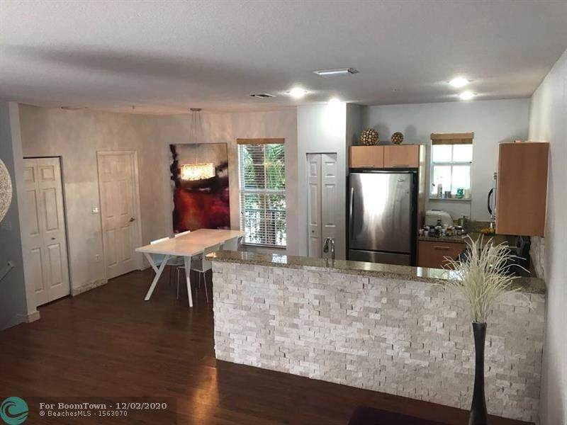 2540 14th Ave - Photo 1