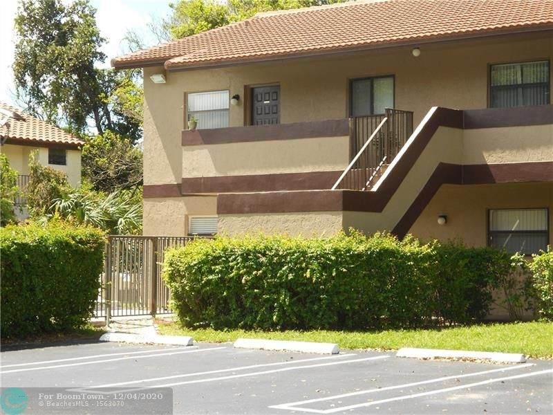 10585 Royal Palm Blvd - Photo 1