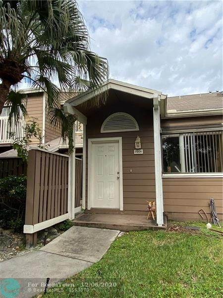 7206 Sportsmans Dr, North Lauderdale, FL 33068 (#F10261615) :: Realty One Group ENGAGE