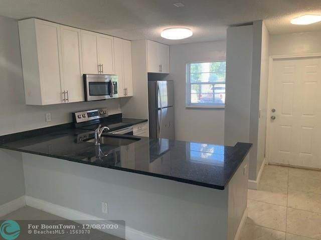 100 Berkley Rd #102, Hollywood, FL 33024 (MLS #F10261683) :: Green Realty Properties