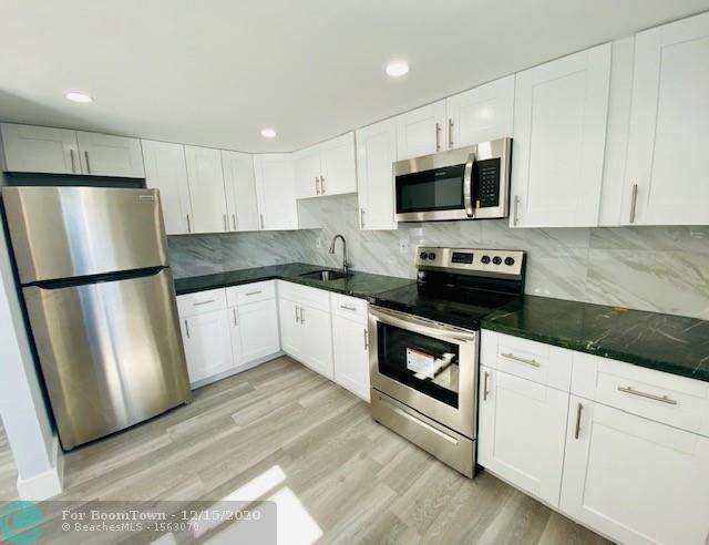 1109 6th Ave - Photo 1