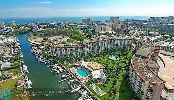 2731 NE 14th Street Cswy #103, Pompano Beach, FL 33062 (MLS #F10265415) :: Patty Accorto Team