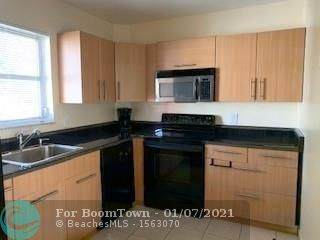 5373 SW 40th Ave #204, Dania Beach, FL 33314 (MLS #F10265542) :: Green Realty Properties