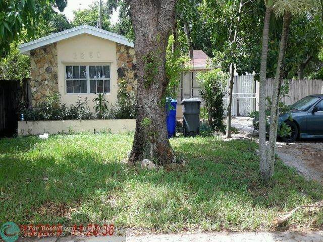 6390 Atlanta St, Hollywood, FL 33024 (MLS #F10267205) :: Berkshire Hathaway HomeServices EWM Realty