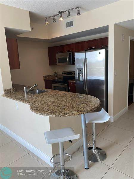 7275 SW 90 Way G207, Miami, FL 33156 (#F10267744) :: Baron Real Estate