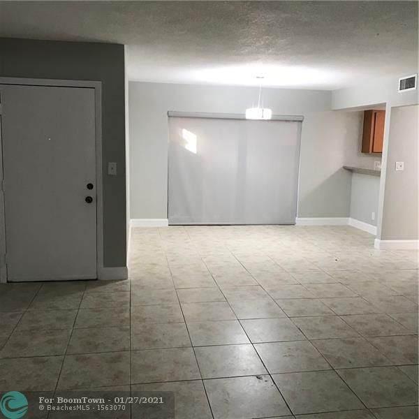 4240 NW 21st St #133, Lauderhill, FL 33313 (MLS #F10268414) :: Green Realty Properties
