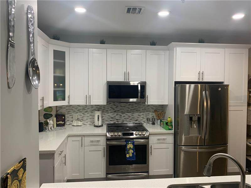 2725 8th Ave - Photo 1