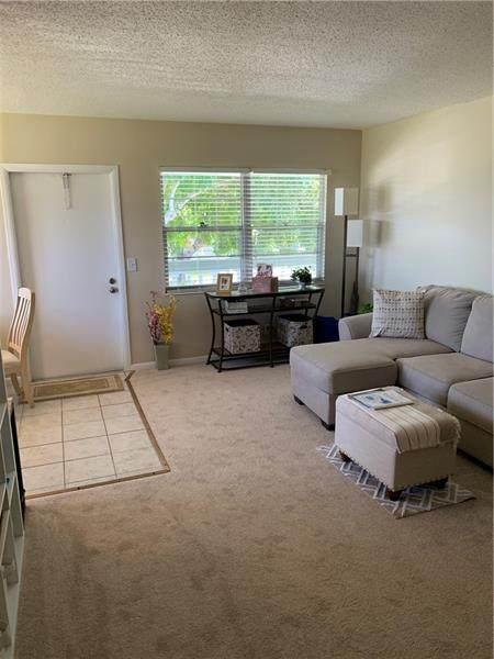 104 Newport F #104, Deerfield Beach, FL 33442 (#F10271303) :: Signature International Real Estate