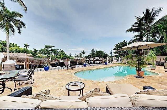 2150 Tanbark Lane, Fort Lauderdale, FL 33312 (MLS #F10271426) :: Castelli Real Estate Services