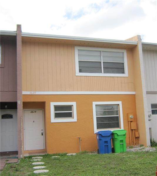 3629 NW 91st Ave #3629, Sunrise, FL 33351 (MLS #F10272602) :: Castelli Real Estate Services