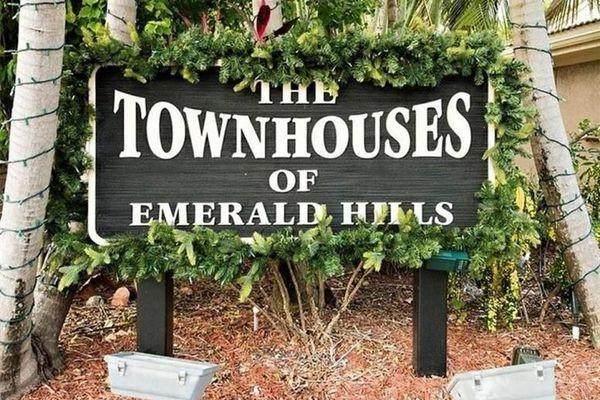 106 Heatherbrook Way, Hollywood, FL 33021 (MLS #F10272857) :: Laurie Finkelstein Reader Team