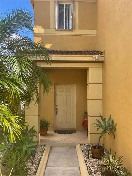 638 Conservation Dr, Weston, FL 33327 (MLS #F10273200) :: Berkshire Hathaway HomeServices EWM Realty