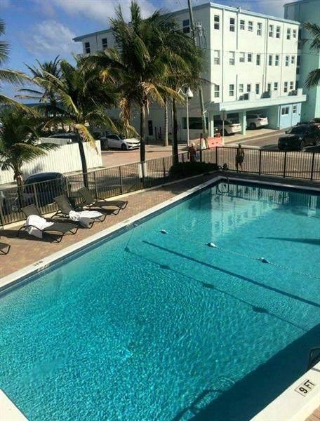 321 Wilson 203A, Hollywood, FL 33019 (MLS #F10273309) :: Green Realty Properties