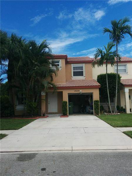 15117 NW 7th Ct, Pembroke Pines, FL 33028 (MLS #F10273342) :: Castelli Real Estate Services