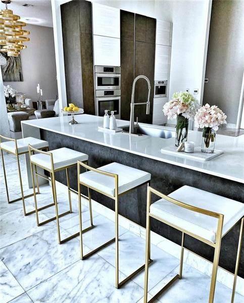 1811 Eagle Trace Blvd, Coral Springs, FL 33071 (MLS #F10273347) :: Castelli Real Estate Services
