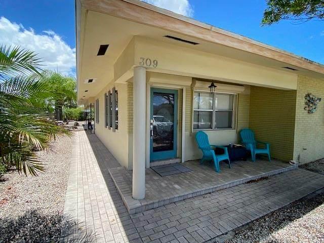 309 SE 23rd Ave, Pompano Beach, FL 33062 (MLS #F10274726) :: Berkshire Hathaway HomeServices EWM Realty