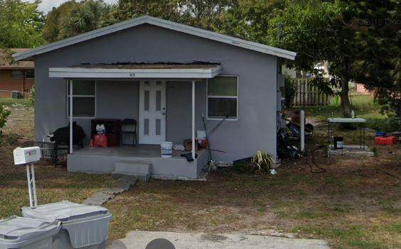 1019 4th Ave - Photo 1