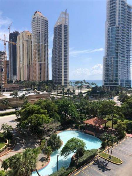 210 174th St #816, Sunny Isles Beach, FL 33160 (MLS #F10278346) :: The Howland Group