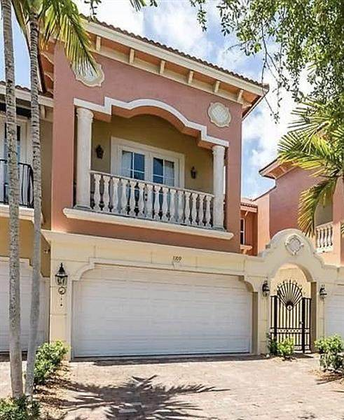 1109 NE 14th Ave, Fort Lauderdale, FL 33304 (MLS #F10278413) :: The Jack Coden Group