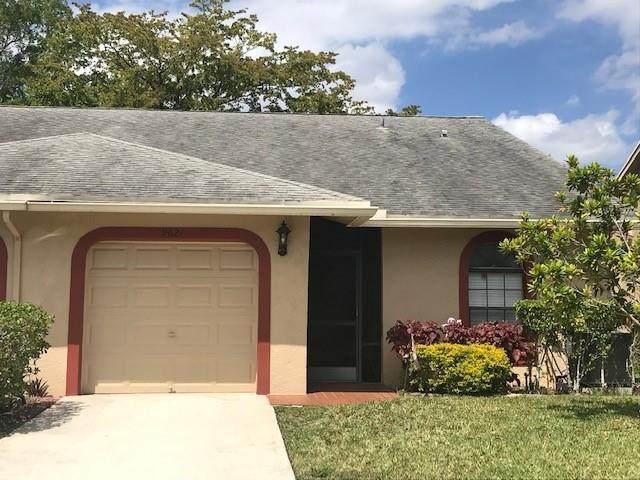9621 NW 76th Ct, Tamarac, FL 33321 (MLS #F10278702) :: Berkshire Hathaway HomeServices EWM Realty